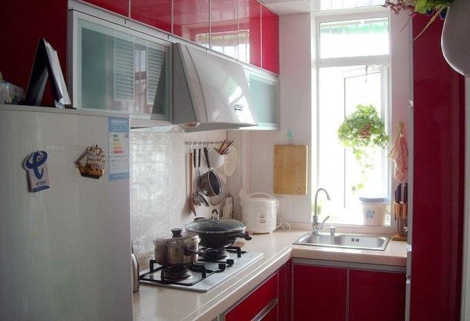 厨房装修的风格,可以选择从家庭厨房装修效果图选择自己喜欢